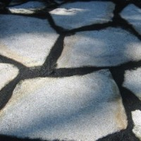 Granitplatten im polygonalen Verband