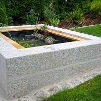 Wasserspiel Granitbrunnen